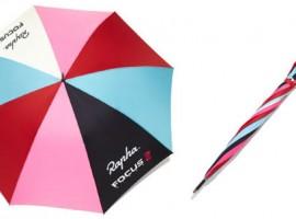 Een vrolijke paraplu van Rapha
