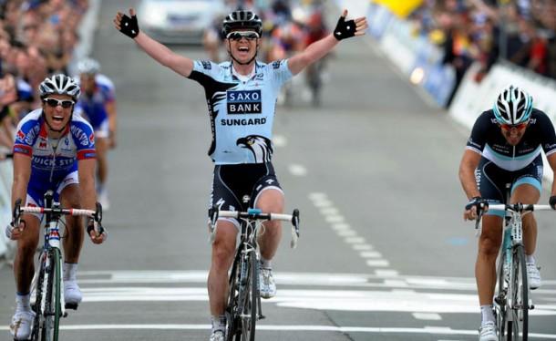 http://racefietsblog.nl/wp-content/uploads/2011/04/nuyens-vlaanderen-2011-610x374.jpg