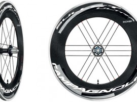 High end Campagnolo Bullet carbon clincher wielen voor 2012