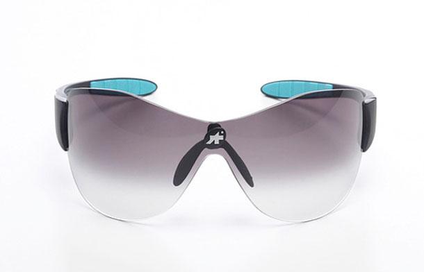Nieuw: Wielrenbrillen van Assos, de Zegho