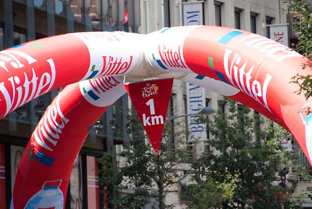 last-kilometer-flag