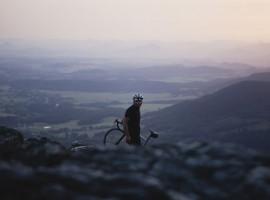 Rapha gaat fietsen in de Bohemen van Tsjechië – Video