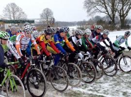 Sneeuw en wielrennen: Cyclocross seizoen mag wel wat langer duren