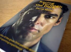 Leesvoer: Racing through the dark van David Millar