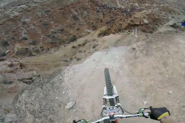 Niet zomaar weer een downhill-video