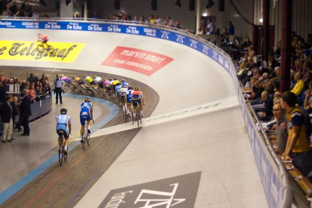 Spanning, sensatie en snelheid tijdens de Zesdaagse Amsterdam 2013
