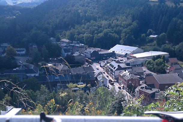 View over Trois-Ponts - Route des Sommets des Liennes-Ambleve - Ardennes  |  Racefietsblog.nl