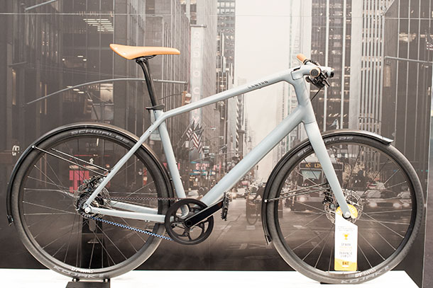 Not a road bike but fantastic all the same. Canyon's Commuter at Bikemotion 2014  |  Racefietsblog.nl