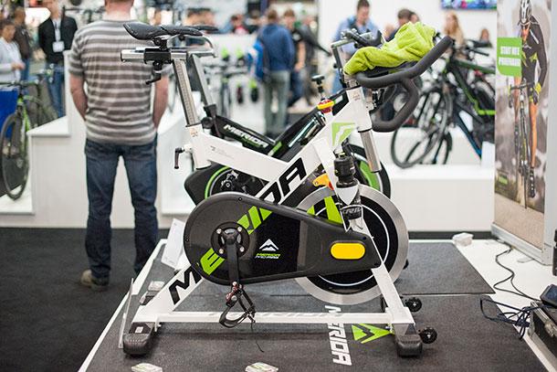 Indoor training with Merida at Bikemotion 2014  |  Racefietsblog.nl