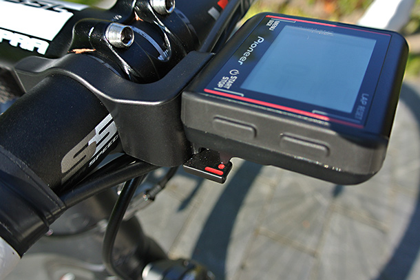 Pioneer Pedaling Monitor system with SGX-CA500 | See the full review at Racefietsblog.nl