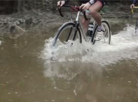 Ouderwets fietsen op je kompas, van Berlijn naar Praag