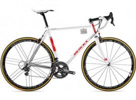 Stalen Eddy Merckx racefiets – Eddy70 voor 14000 euro