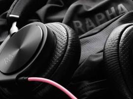 Hoofdtelefoon van B&O met Rapha sausje