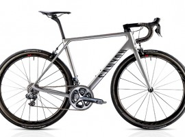 Quintana's nieuwe fiets; de Canyon Ultimate CF SLX