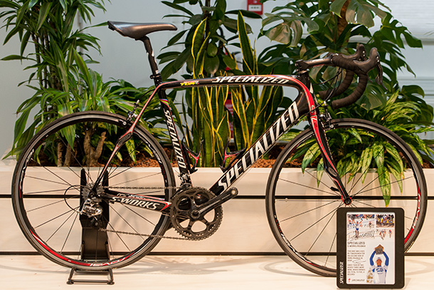 Tom Boonen's 2009 Roubaix victory bike. Backstage at Specialized EU HQ  |  Racefietsblog.nl
