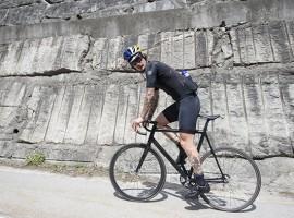 300km Pyreneëen, 7000hm, in één dag. Op een fixie.