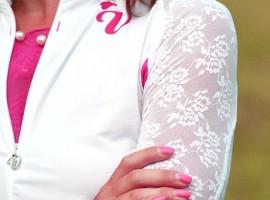Alleen dameskleding bij Veela –  net even anders