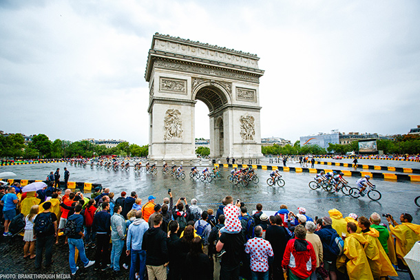 Extremely wet and dangerous conditions during La Course in Paris this year | Photo by Breakthrough Media
