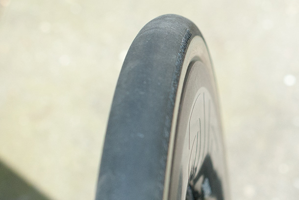 Bontrager R4 320 clincher tyres | See the full review on Racefietsblog.nl