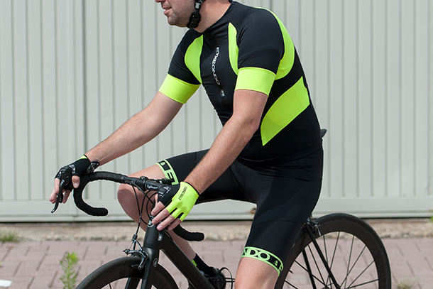 Etxeondo Trier TX jersey and Orhi bibshort  |  See full review at Racefietsblog.nl