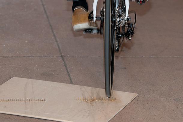Vittoria-Corsa-Speed-Tubeless-puncture