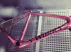 Roze fiets voor Nibali voor 1 dag