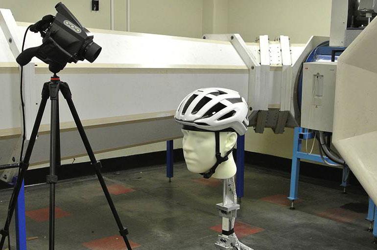 scott-helm-testen