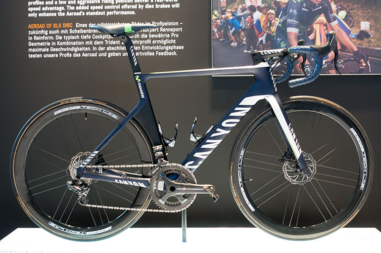 Campagnolo-Disc-8-Canyon-Movistar