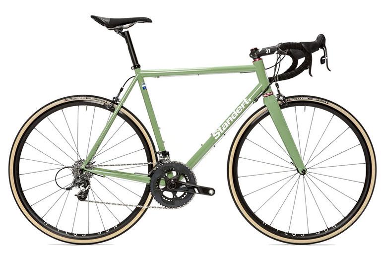 Standert-Triebwerk-Mach-2-spring-green