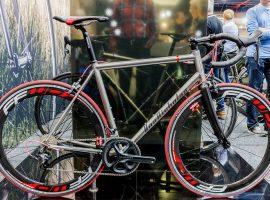 Van Nicholas: Variatie in titanium op Bike Motion