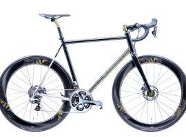 Mosaic viert 40 jaar Chris King met een fraaie fiets