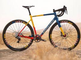 Santa Cruz maakt opvallende Stigmata voor crossteam Mash
