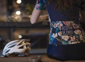 Peloton de Paris stapt in fietskleding