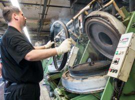 Fabriekbezoek Continental in Duitsland – verrassend veel handwerk