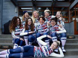 Stoere dames van LA Sweat rijden met Cinelli