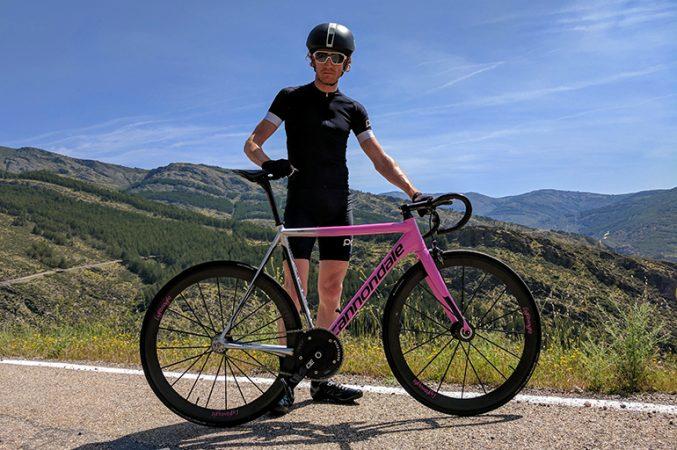 De Tour de France rijden op een fixie voor het goede doel