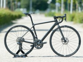 Review: Canyon Ultimate WMN CF SLX Disc 8.0 Di2