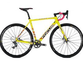 De cyclocrossers van Focus