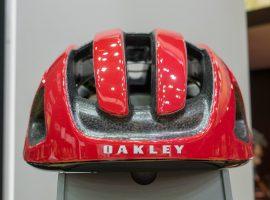 Geen nieuwe brillen, wel helmen en kleding van Oakley op Eurobike 2017