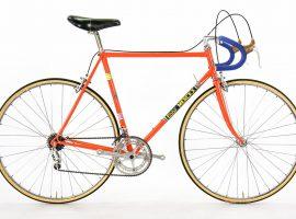 Vintage Eddy Merckx fietsen zijn nog gewoon te koop