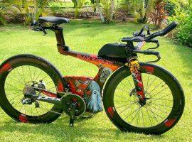 Iron Maiden op je Cervélo P5X triathlonfiets