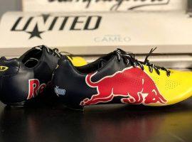 Deze Giro Red Bull schoenen zouden zomaar voor Max Verstappen kunnen zijn
