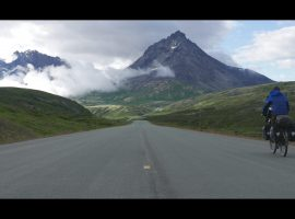 Fietsvakantie van Alaska naar Alberta – video