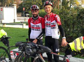 Profs op avontuur: Wellens en De Gendt bikepacken naar huis