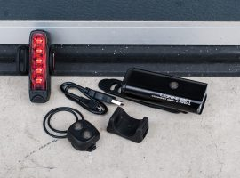 Review: Lezyne Connect Drive 800XL en Strip Connect Drive verlichting