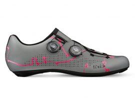 De limited Giro d'Italia Infinito R 19 19 schoenen van Fizik