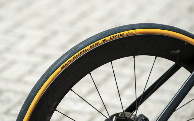 Review: Schwalbe One Classic-Skin banden