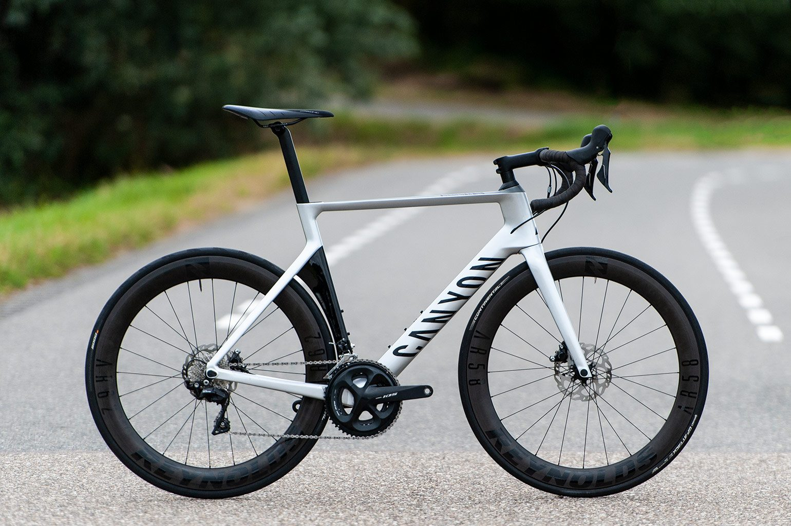 Canyon Aeroad CF SL 7.0 Disc