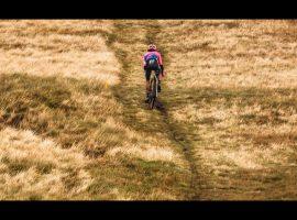 Lachlan Morton tijdens Three Peaks Cyclocross 2019