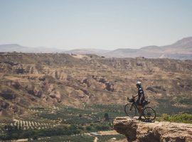 Badlands: fietsen door een Spaans maanlandschap